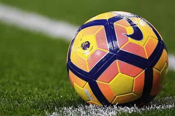 Luật bóng đá cơ bản