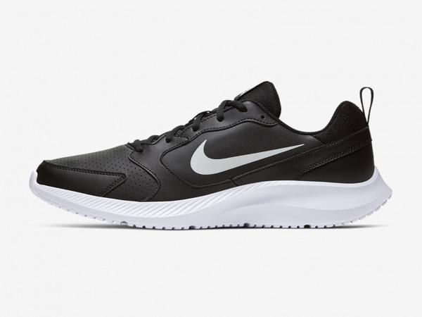 Giày Nike chạy bộ
