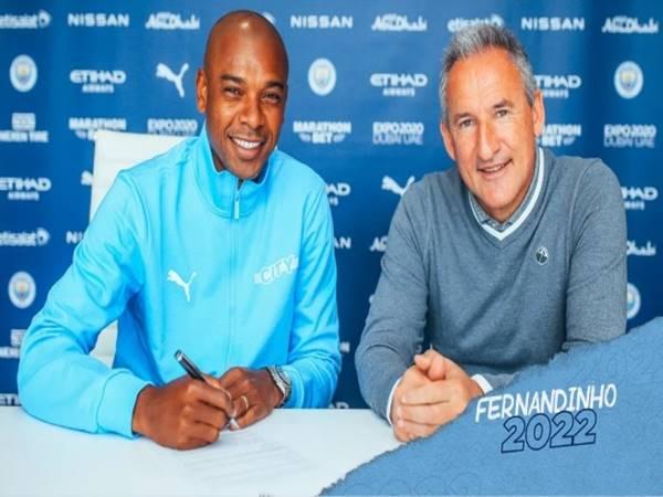 Chuyển nhượng 30/6: Man City gia hạn hợp đồng với Fernandinho