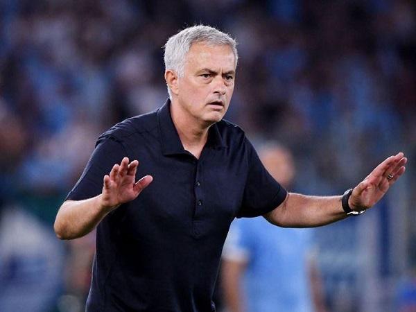 Bóng đá Italia 1/10: Mourinho thắng trong trận thứ 200 tại Cup châu Âu